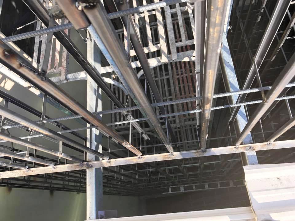 鋼網牆 電梯增建工程
