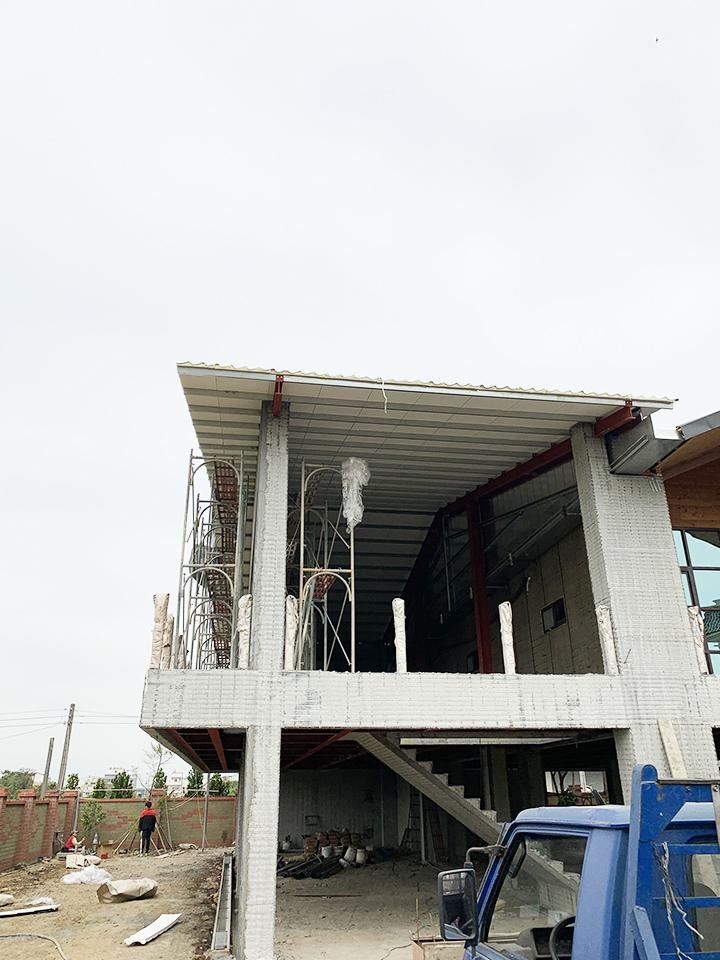 鋼骨結構 造型樓梯 圓形牆 圓形屋頂