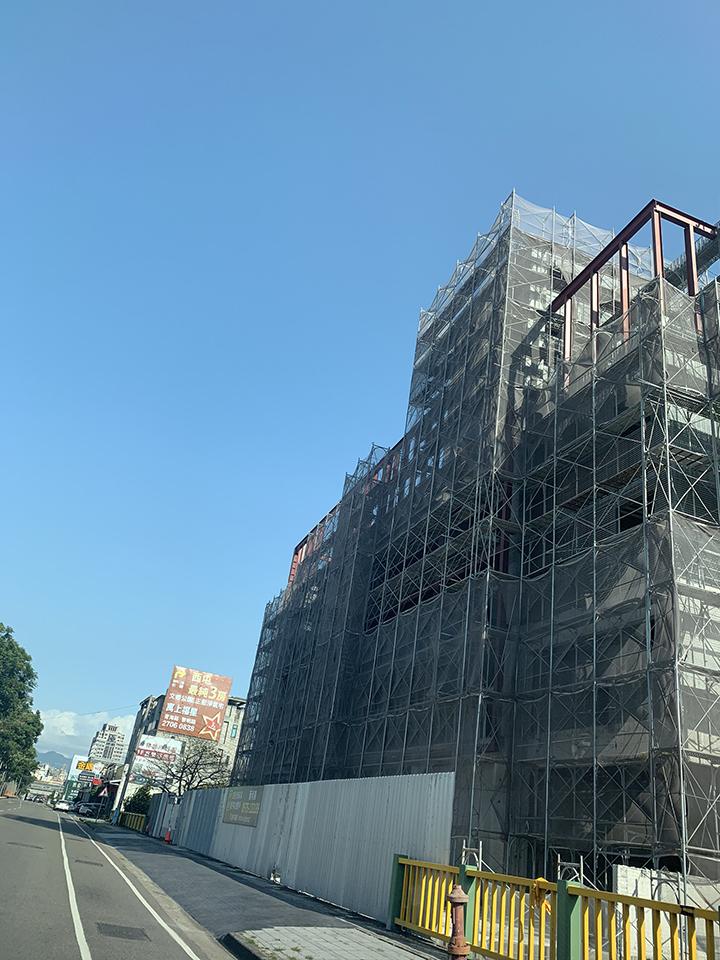 汽車百貨廠辦大樓